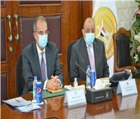وزيرا التنمية المحلية والاتصالات يبحثان مجالات التعاون في مبادرة «حياة كريمة»