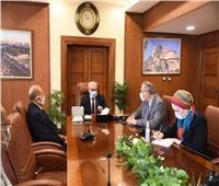محافظ بورسعيد يتابع تطورات تنفيذ مشروع التحول الرقمي لممتلكات الدولة بالمحافظة