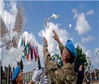 «الأمم المتحدة» تحتفل باليوم الدولي لحفظه السلام.. وتكرم خمسة مصريين