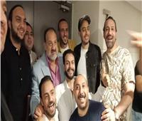خالد الصاوي يحضر العرض الخاص لفيلمه الجديد للإيجار