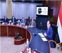 وزير البترول يتابع تنفيذ خطة التوسع في تموين السيارات بالغاز الطبيعي