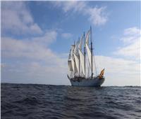 السفينة الإسبانية التاريخية «خوان سبستيان الكانو» تعبر قناة السويس| صور