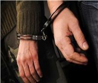 3 عاطلين وراء الشروع في قتل سائق لسرقة «توك توك»