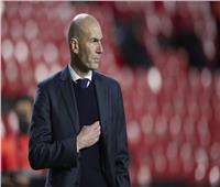 زيدان يقرر الرحيل عن ريال مدريد