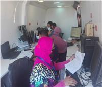 فحص 1407 مواطنا في قافلة طبية ببني سويف | صور