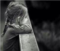مأساة الطفلة «سناء».. ستعيش بلا اسم