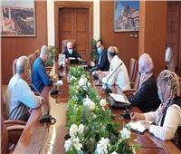 محافظ بورسعيد يتابع إجراءات تطبيق البروتوكول العلاجي لوزارة الصحة