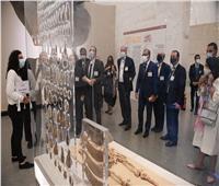أعضاء غرفة التجارة الأمريكية يزورون متحف الحضارة  صور