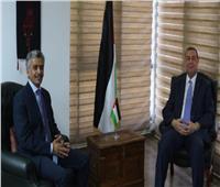دياب اللوح يتباحث مع مندوب السعودية بالجامعة العربية حول آخر المستجدات