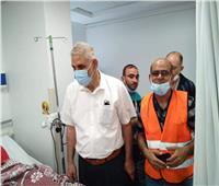 وفد فلسطيني يزور المصابين بمستشفى العريش العام