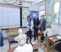 محافظ دمياط تتابع سير امتحانات الشهادة الإعدادية