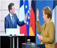 «ماكرون» يشيد بالتزام «ميركل» خلال المجلس الوزاري الفرنسي - الألماني