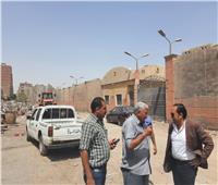 استمرار أعمال التطوير والنظافة بشوارع حي الطالبية