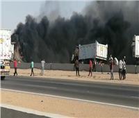 إصابة 4 أشخاص في احتراق سيارتي نقل بطريق «السويس - القاهرة»