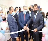 وزير القوى العاملة يفتتح أول حضانة دولية لأبناء العاملين بمصنع في الإسماعيلية