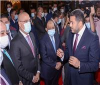 وزيرا الإسكان والتنمية يتفقدان جناح شركة «آكام» بمعرض «أخبار اليوم»
