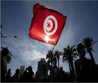 رئيس الوزراء الفرنسي في تونس لدعم الإصلاحات