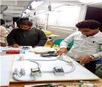محافظ أسوان: توفير فرص عمل للشباب والفتيات بالقرى الأكثر احتياجًا| صور