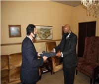 سفير مصر بجنوب أفريقيا يُقدم أوراق اعتماده كسفير غير مُقيم في ليسوتو