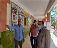 محافظ شمال سيناء يتفقد مركز توزيع أسئلة الامتحانات واستراحات المراقبين