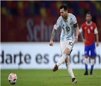 شاهد  هدف ميسي في تعادل الأرجنتين مع تشيلي بتصفيات المونديال