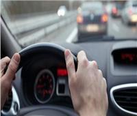 في قانون المرور الجديد.. تعرف على غرامة ترك سيارة عطلت حركة الطريق