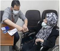 «الجوازات» تقدم تسهيلات لكبار السن وذوي الاحتياجات الخاصة | صور