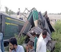 ارتفاع عدد ضحايا حادث قطاري باكستان لـ36 شخصا