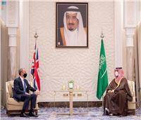 ولي العهد السعودي يبحث مع وزير الخارجية البريطاني تعزيز الاستقرار في المنطقة