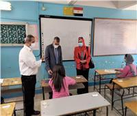 «تعليم الجيزة» تتفقد لجان امتحانات الشهادة الإعدادية بالعجوزة والدقي