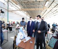 بالصور.. وزير التعليم العالي يتفقد لجان الامتحانات بجامعة عين شمس
