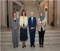 التعليم والهجرة يبحثان إجراء امتحانات للطلبة المصريين في الكويت