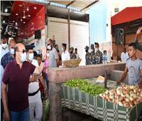 محافظ أسوان يتفقد «السويقات الجديدة بالسيل» بعد نقل الباعة