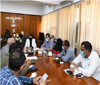 السكرتير العام المساعد لـ«قنا» تجتمع مع أعضاء لجنة تطويرالمناطق غير المخططة