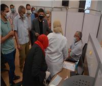 تطعيم أعضاء هيئة التدريس والعاملين بجامعة دمياط بلقاح كورونا