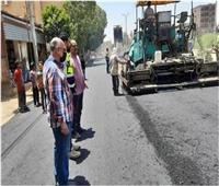 استكمال شبكات انحدار الصرف الصحي بشوارع إسنا
