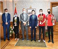 وزير الرياضة يكرم منتخب مصر للشطرنج