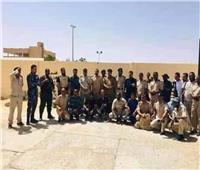 من بينهم «مصريون».. تحرير 33 رهينة في ليبيا