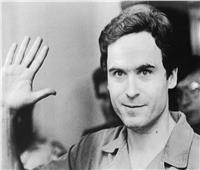 ارتكب 100 جريمة قتل.. السفاح تيد بندي «خنق ضحاياه وعلق رؤوسهم في منزله»