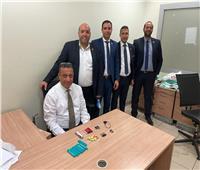 ضبط راكب حاول تهريب سائل مخدر في مستلزمات سجائر الكترونية بمطار القاهرة