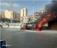 العناية الإلهية تنقذ 15 مواطناً من الموت المحقق في حريق «ميكروباص»   صور