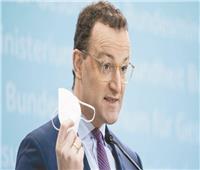 «الكمامات الفاسدة» تهدد مستقبل وزير الصحة الألماني