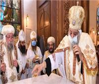 اليوم.. البابا تواضروس يدشن مذابح كنيسة القديسين بالإسكندرية