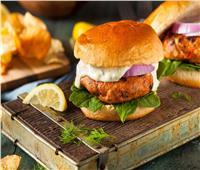 وجبات سريعة | تحضير برجر التونة الذيذة