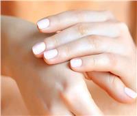 3 وصفات طبيعية لتطويل الأظافر