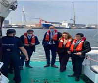 غادة والي تتابععمليات مصادرة المخدرات بأكبر ميناء في بلجيكا