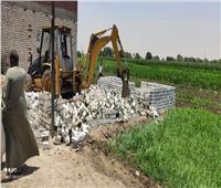 محافظة الجيزة تتصدى لحالات البناء المخالف  صور
