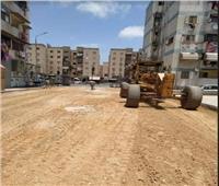 استمرار أعمال رصف وتجميل الطرق الداخلية بمنطقة فاطمة الزهراء في بورسعيد