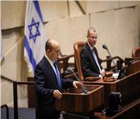 منح الثقة لحكومة التغيير في إسرائيل.. وبينيت رئيسًا للوزراء