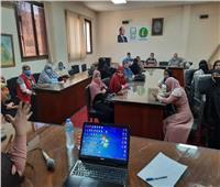 ندوة توعوية وقافلة طبية بمجلس مدينة الشهداء